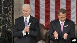 صدر براک اوباما اسٹیٹ آف دی یونین خطاب کر رہے ہیں۔