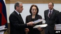Передача российской Генпрокуратурой польской стороне новых документов