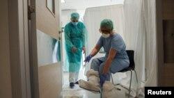 Medicinsko osoblje u Kovid bolnici Kliničkog centra Vojvodine