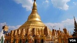仰光的大金塔是缅甸百姓心目中的佛教圣地。(美国之音朱诺拍摄,2013年3月4日)