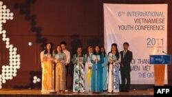 Các bạn trẻ trong Đại hội Thanh niên Sinh viên Thế giới lần 6 ở Philippines tháng 8 năm2011