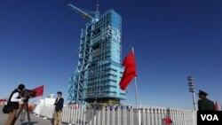 Pusat peluncuran wahana antariksa Tiongkok di gurun Gobi, Tiongkok barat laut.