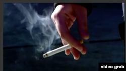Meskipun hanya satu batang sehari, merokok tingkatkan risiko serangan jantung dan stroke. (VOA/videograb)