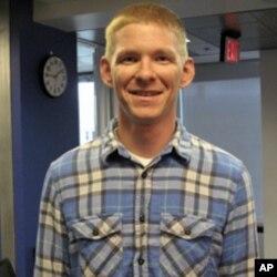 戈尔斯基中士认为911激发美国人从军