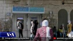 Palestinezët i presin me mosbesim premtimet izraelite për ekonominë