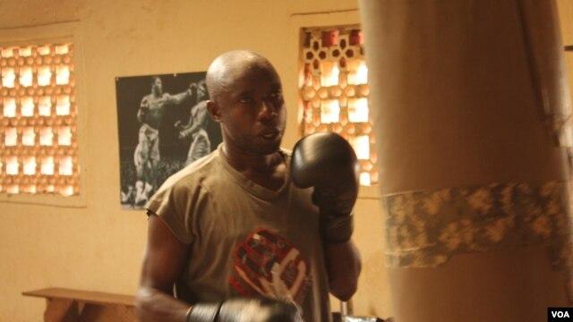Blind boxer Bashir Ramathan trains at the East Coast Boxing Club in Naguru, Kampala. (Hilary Heuler/VOA)