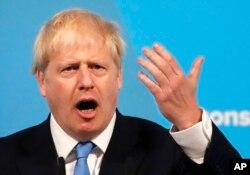 영국의 새 총리로 선출된 보리스 존슨 전 외무장관이 23일 당 대표 선출 직후 기자회견을 열었다.