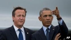 Presiden AS Barack Obama, kanan, bersama Perdana Menteri Inggris David Cameron dalam KTT NATO di Celtic Manor Resort di Newport, Wales, 5 September 2014.