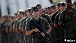 Lực lượng quân đội Brazil được triển khai để bảo đảm an ninh cho Thế vận hội 2016 diễn ra tại Rio de Janeiro, Brazil, ngày 15/7/2016.