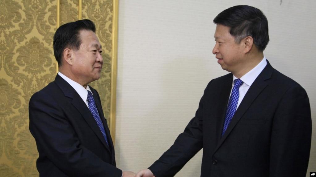 朝鲜劳动党中央委员会副委员长崔龙海会见习近平特使宋涛