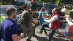 Прихильники турецького президента побилися із його противниками у Вашингтоні. Відео