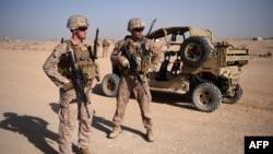 Dua marinir AS di Lashkar Gah, provinsi Helmand, Afghanistan (foto: dok).