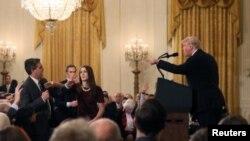 روز سه شنبه بار دیگر وقتی خبرنگار سیانان سوال کرد، پرزیدنت ترامپ او و رسانهاش را به دروغگویی متهم کرد.