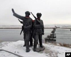 50年代初,中国军队曾从这里跨过鸭绿江,支援朝鲜作战(资料照片)
