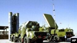 Gantaalada Russia ee Casriga ee S-300 (file photo)