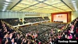 북한 김정은 국방위원회 제1위원장을 오는 3월 실시되는 최고인민회의의 제13기 대의원 선거의 후보자로 추대하는 선거자 대회가 평양시, 강계시, 함흥선거구 등에서 진행되었다고 조선중앙통신이 4일 보도했다.
