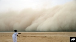 Dust storm in the Sahara (Parc National du Banc d'Arguin)