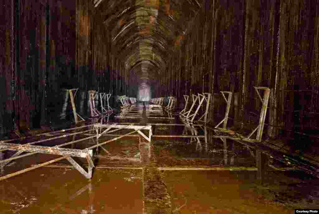 The World War II abandoned oil storage tanks in Inchindown, Scotland was the test site for the world's longest echo. (RCAHMS)