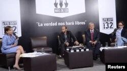"""Todos los candidatos excepto Peña Nieto acudieron al debate organizado por """"yosoy132""""."""