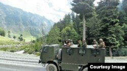 Ketegangan yang terlihat perbatasan India-Cina. (Foto: Courtesy)