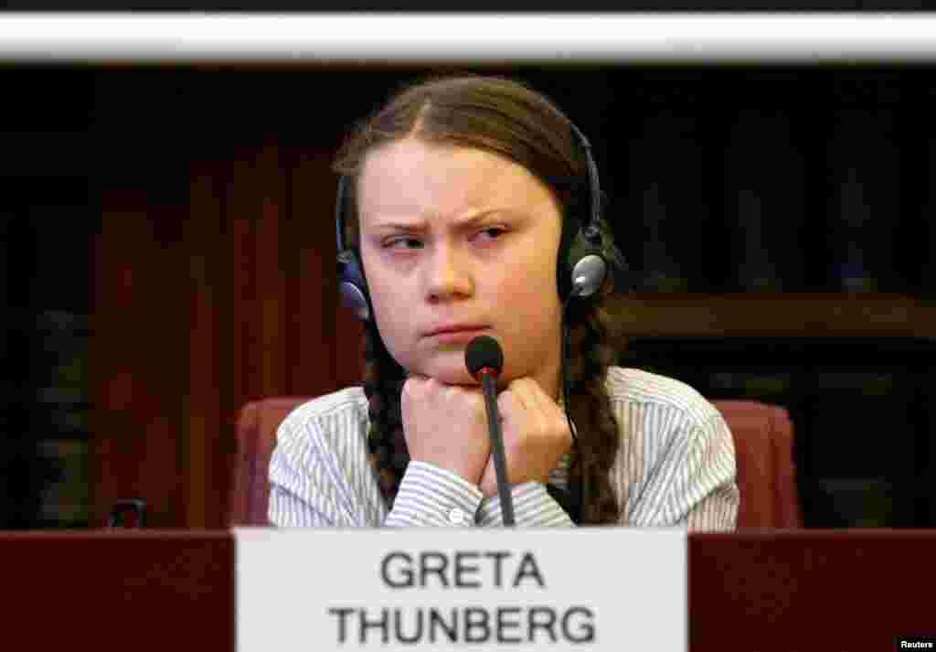 នាងGreta Thunberg យុវជនសញ្ជាតិស៊ុយអែត និងជាសកម្មជនការពារបរិស្ថានកំពុងធ្វើដំណើរទស្សកិច្ចនៅព្រឹទ្ធសភា នៅទីក្រុងរ៉ូម ប្រទេសអ៊ីតាលី។ នាងស្ថិតនៅទីក្រុងរ៉ូមដើម្បីដឹកនាំការធ្វើ«កូដកម្មសាលា» ដែលជាចលនារបស់យុវជនកាន់តែធំនៅលើពិភពលោក។ នាងដឹកនាំការទាមទារឲ្យមានចំណាត់ការកាន់តែលឿនទៅលើបម្រែបម្រួលអាកាសធាតុ។