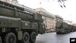 俄羅斯閱兵式行列中的俄羅斯戰略導彈