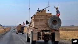 Konvoi kendaraan militer AS dekat Dahuk, Irak, 21 Oktober 2019. (Foto: dok).