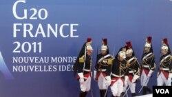 La policía de Francia se encuentra desplegada en Cannes por la llegada de los mandatarios que acudirán a la cumbre del G20.