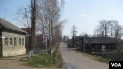 離莫斯科不遠的俄羅斯雅羅斯拉夫州的農村。(美國之音白樺拍攝)