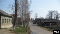 离莫斯科不远的俄罗斯雅罗斯拉夫州的农村。(美国之音白桦拍摄)