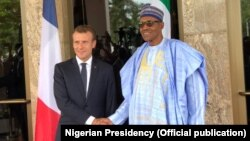 Emmanuel Macron et Muhammadu Buhari, Abuja, Nigeria, le 3 juillet 2018.