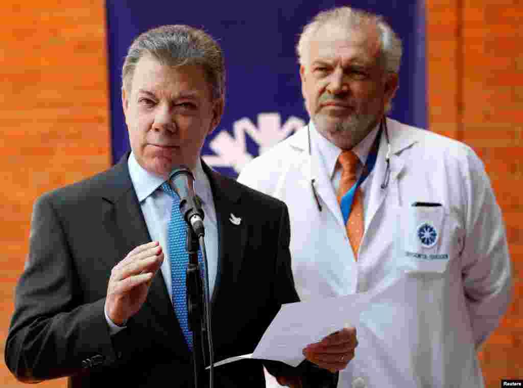 در یک کنفرانس مطبوعاتی، خوان منوئل سانتوس، رئیس جمهوری کلمبیا، اعلام میکند که کاملا از تومورهای سرطانی پاک است.