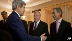 Джон Керри с президентом Молдовы Николаем Тимофти и премьер-министром страны Юрием Лянкэ
