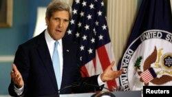 """El secretario Kerry fue enfático en afirmar que el """"ataque con armas químicas"""" se llevó a cabo utilizando """"un agente neurotóxico"""". [Foto: Departamento de Estado]."""