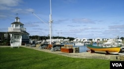 """This marina on Cape Cod has the whitewashed, relaxing """"look"""" of New England. (Carol M. Highsmith)"""