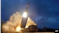Shimoliy Koreya raketa sinovini o'tkazmoqda, 2019-yil, 11-avgust.