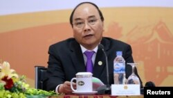 """Thủ tướng Nguyễn Xuân Phúc đã phải họp """"nóng"""" hôm 4/12 về vụ BOT Cai Lậy."""