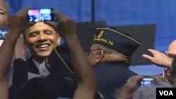 Obama valoró a los veteranos incluyendo a los nuevos inmigrantes que se han convertido en nuevos ciudadanos.