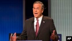 Kandidat calon presiden dari Partai Republik, mantan gubernur Florida Jeb Bush, dalam debat di Quicken Loans Arena (6/8) di Cleveland, Ohio. (AP/John Minchillo)