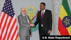 Under Secretary of Commerce Gilbert Kaplan met with Ethiopian Foreign Minister Dr. Workneh Gebeyehu in Addis Ababa