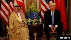دیدار دونالد ترامپ رئیس جمهوری آمریکا با شیخ حمد بن عیسی آل نهیان در ریاض پایتخت عربستان سعودی - ۳۱ اردیبهشت ۱۳۹۶