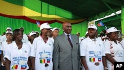 Senegalese President Abdoulaye Wade at a ceremony welcoming the Haitian students to Dakar, 13 Oct 2010