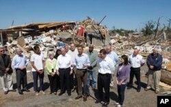 Le pésident Obama dans le Sud des Etats-Unis dévasté par de violentes tornades