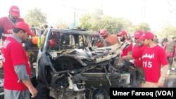 دھماکے سے ایڈیشنل آئی جی کی گاڑی بری طرح تباہ ہوگئی