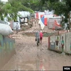Loši sanitarni i higijenski uvjeti u šatorskim naseljima i sirotinjskim četvrtima doprinjeli su brzom širenju kolere