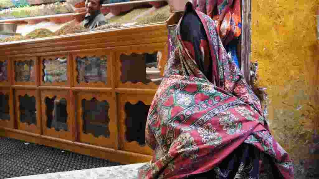Entre los países de la Primavera Árabes, Yemen tiene algunas de las tradiciones sociales más restrictivas para las mujeres.