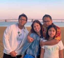 Kyra bersama Keluarga Ranakusuma. (Foto: Dok Pribadi)