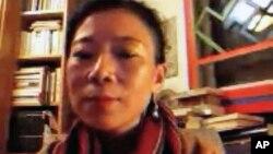 唯色通过Skype接受美国之音藏语组专访(视频截图)
