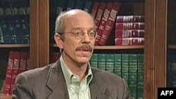 Džon Fefer, ko-direktor Instituta za političke studije
