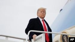 美國總統特朗普2020年1月23日前往佛羅里達州(美聯社)